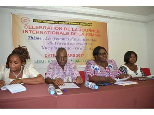 JOURNEE INTERNATIONALE DE LA FEMME : L'UITA ET SES AFFILIES DU TOGO ORGANISENT UNE CAUSERIE-DEBAT