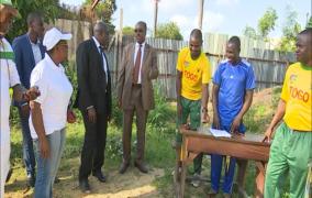 Démarrage  examen sportif  BAC1: visite du ministre des sports Guy Madjé LORENZO au lycée de Tokoin et collège ST Joseph de Lomé