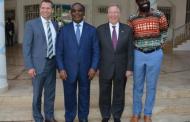 LE VICE-PRESIDENT MONDIAL DE « WHOLE FOOD MARKET » REҪU PAR LE PREMIER MINISTRE