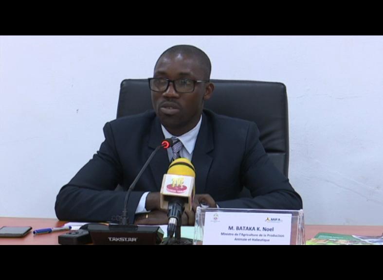 SIGNATURE ACCORD MINISTERE DE L'AGRICULTURE ET PRODUCTEURS