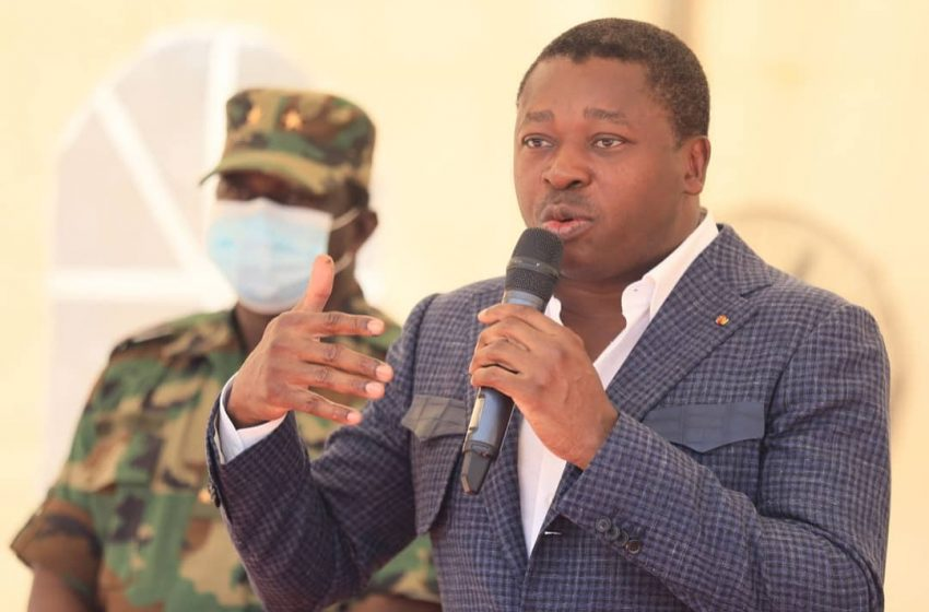 FAURE GNASSINGBE AUX COTES DES FORCES DE L'OPERATION KOUNDJOARE
